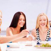 Eten voor twee tijdens de zwangerschap is een fabeltje