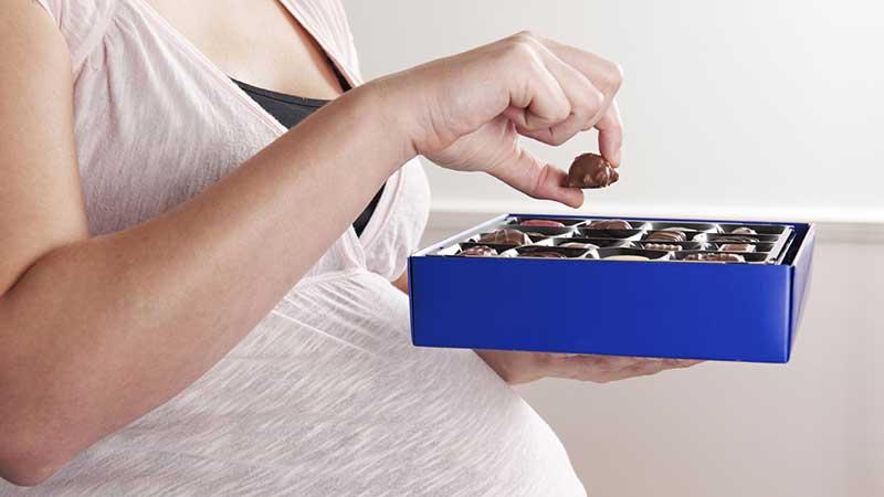 Is chocolade tijdens de zwangerschap gezond voor moeder en baby?